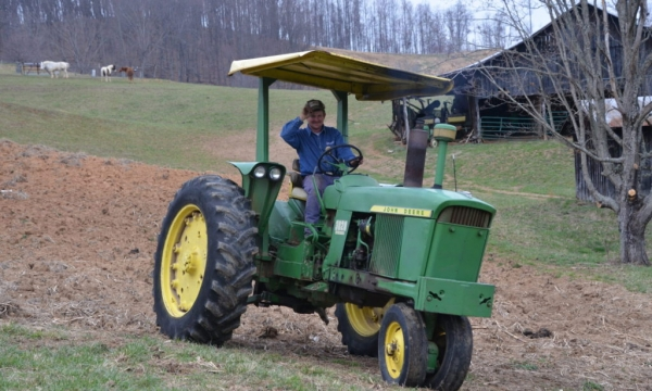 cropped-cropped-Matt-on-tractor-2-1024x615